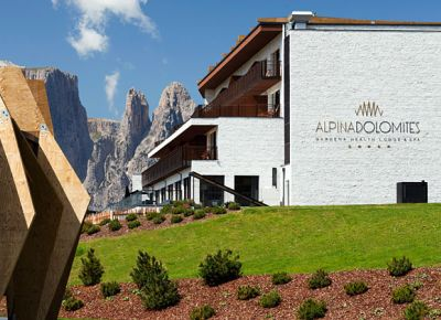 Alpina Dolomites - Gardena Health Lodge & SPA